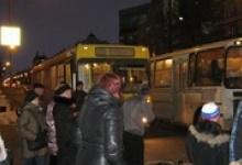 В Дзержинске автобус сбил мать с ребенком