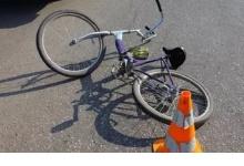 Автомобилист сбил велосипедистку на тротуаре в Дзержинске