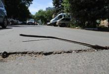 Водителей Дзержинска предупреждают об опасности на пластиковой дороге