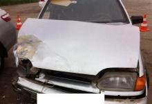 Ауди и ВАЗ, за рулем которых были девушки, столкнулись в Дзержинске