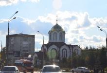 В Дзержинске священник благословил перед экзаменом курсантов автошкол на безавар