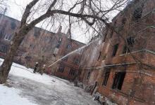 Бомжи снова поселились в аварийных домах в Дзержинске