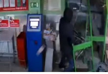 В Дзержинске вор трижды ограбил магазин