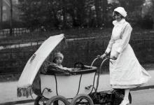 18 июня – День рождения детской коляски