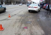 """Водитель """"ГАЗели"""" сбил пешехода во дворе дома"""
