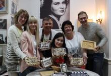 В Дзержинске испекли пряники в честь актрисы Изольды Извицкой