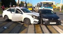 Пьяный водитель устроил дрифт на центральном перекрестке в Дзержинске и попал в