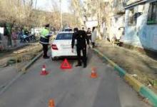 Водитель внедорожника сбил пешехода во дворе и скрылся