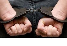 Сотрудники дзержинской полиции задержали подозреваемых в  хищении чужого имущес