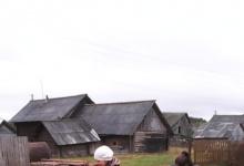 Центр помощи семьям из Дзержинска доставил дрова, одежду и продукты в Ковернинск