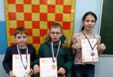 В Нижнем Новгороде прошел шахматный турнир. В нем приняли участие 150 спортсмено