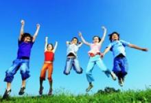 Дзержинским школьникам дадут месяц для отдыха в учебном году