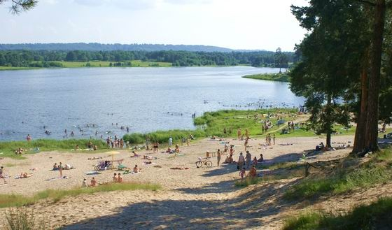 Пляж святое озеро