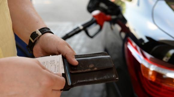 ВЧувашии оптовая цена бензина снижается, розничная— растёт