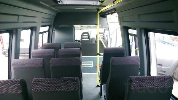 ВНижнем Новгороде микроавтобус врезался в Фиат - семеро пострадавших