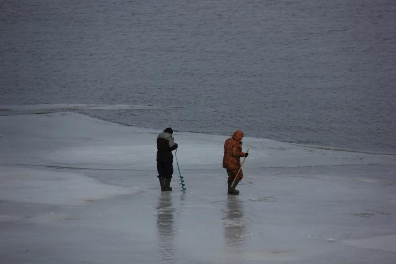 утонули 2 рыбаков в нижнем