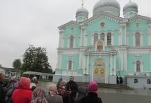 В Дзержинске общественники организовали для полицейских экскурсию в храм