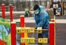 Обработку детских площадок и парков производят в Дзержинске