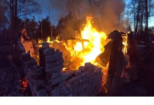 В Дзержинске на улице Лермонтова горели сараи