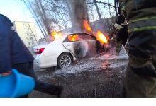 В Дзержинске сгорели еще две иномарки