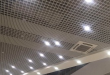 Потолки «Грильято» – идеальное решение для торговых центров